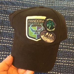 Nwt disney parks hat from pandora/ animal kingdom.